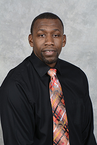 Men's Basketball Coach DeWitte Mandley
